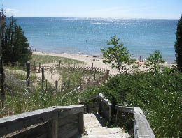 The Black Trail is actually comprised of two loops the longest one at 2.5 miles. Here you can access Cave Point County Park. & Visit Door County Wisconsin - Visit Whitefish Dunes State Park in ...